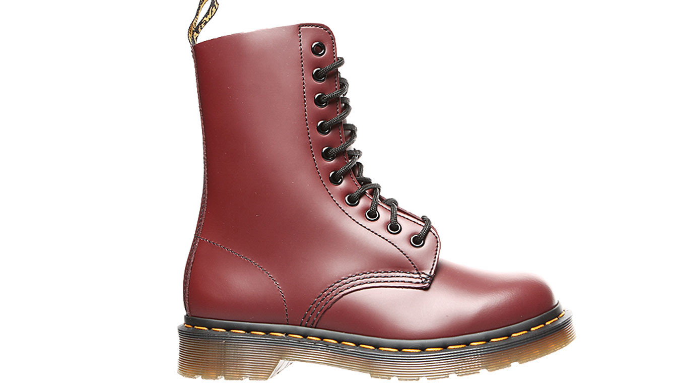 low priced 0d497 cc5b4 Dr. Martens 1490 Smooth